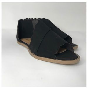Qupid Black Scalloped Open Toe Shoes New